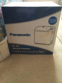 Panasonic SD252 automatic bread maker extra large capacity BRAND NEW BOXED