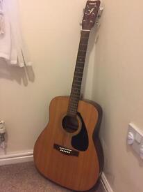 Yamaha F310 acoustic guitar (natural)