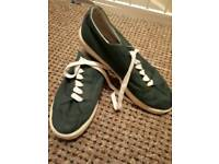 Brand new Men's shoes size 8