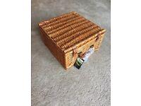 New/Unused John Lewis Willow Picnic Hamper/Basket