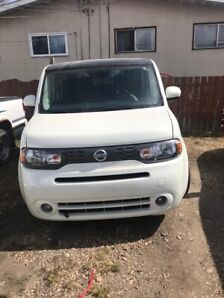 Great condition 2010 Nissan cube