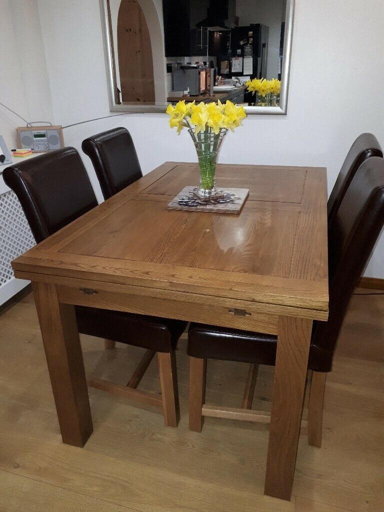 Rustic Solid Oak Extendable Dining Table