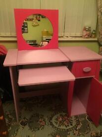 Computer desk/dressing table