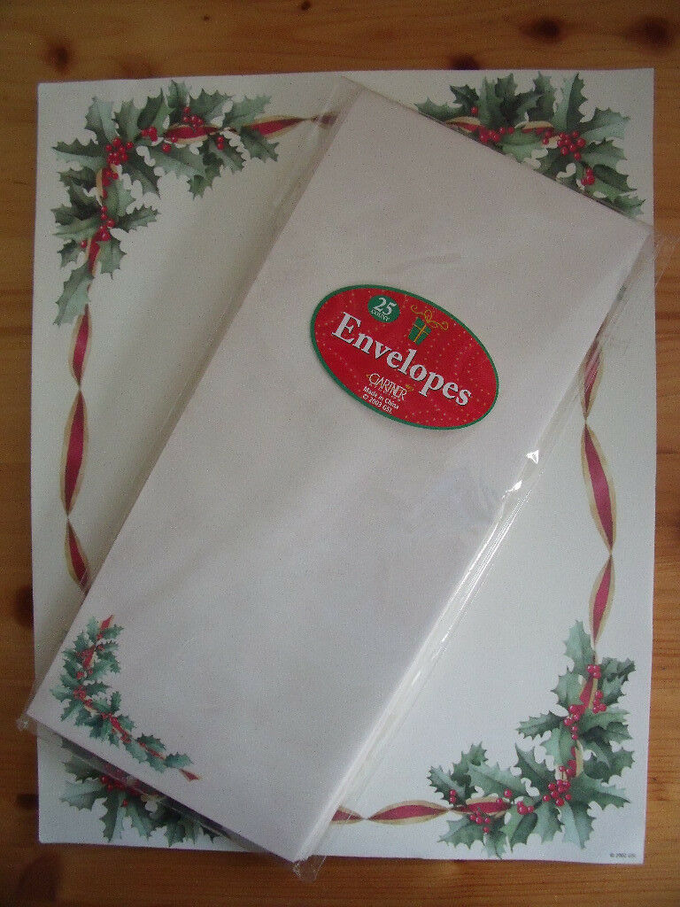 NEW & un-used 40 sheets Christmas holly writing paper & 20 matching envelopes.