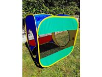 Children's play tents and tunnels for indoor / outdoor use.