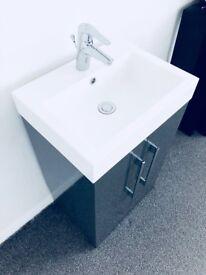 Bathroom sink unit