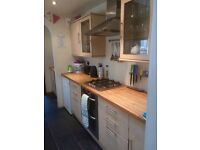 Large double to rent in shared 2 bed house, comes furnished. Between Town Centre & Old Town.
