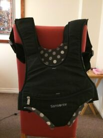 Samsonite baby carrier - excellent condition