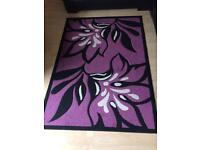 Beautiful rug/figurines/pictures/rug!!!!