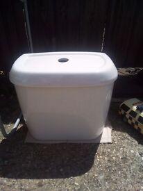 Trent toilet cistern