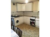 Furnished Double Rooms to Rent in Retford Place, Bradford, BD7. £300 per month including all bills.