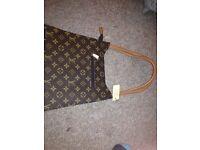 NEW with tags BARGIN!! Woman's handbag