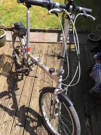 Phillips/ Dahon boardwalk folding bike