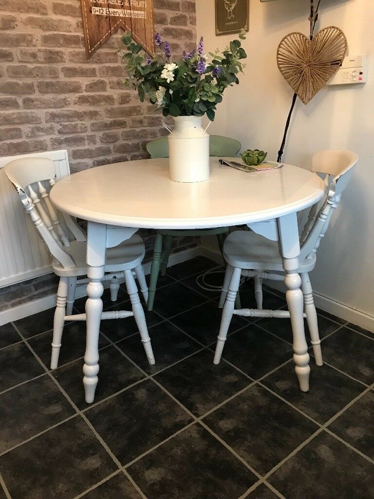 White Solid Wooden Round Dining Table And Chairs Shabby Chic - Solid wood round dining table for 4