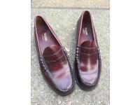 G.H.BASS Weejuns penny loafers
