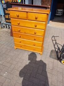 7 drawer pine wood sturdy chest of drawers