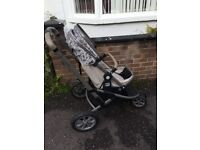 Mothercare pram needs sold asap comes with no car seat just as shown in photos