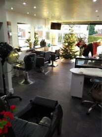 Two chairs to rent in the BEAUTY SALON Business opportunity