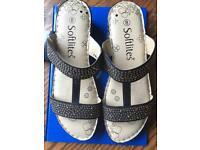Softlites size 8 sandals