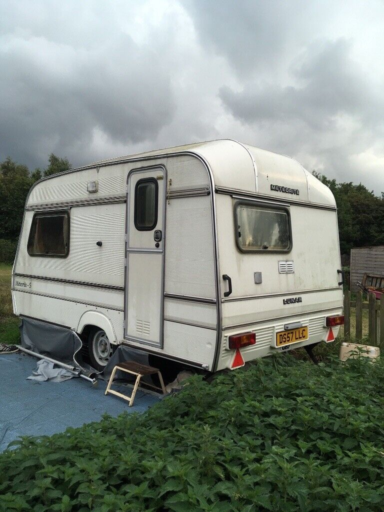 2 berth caravan with awning plus extras good condition ...