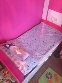 Girls junior bed