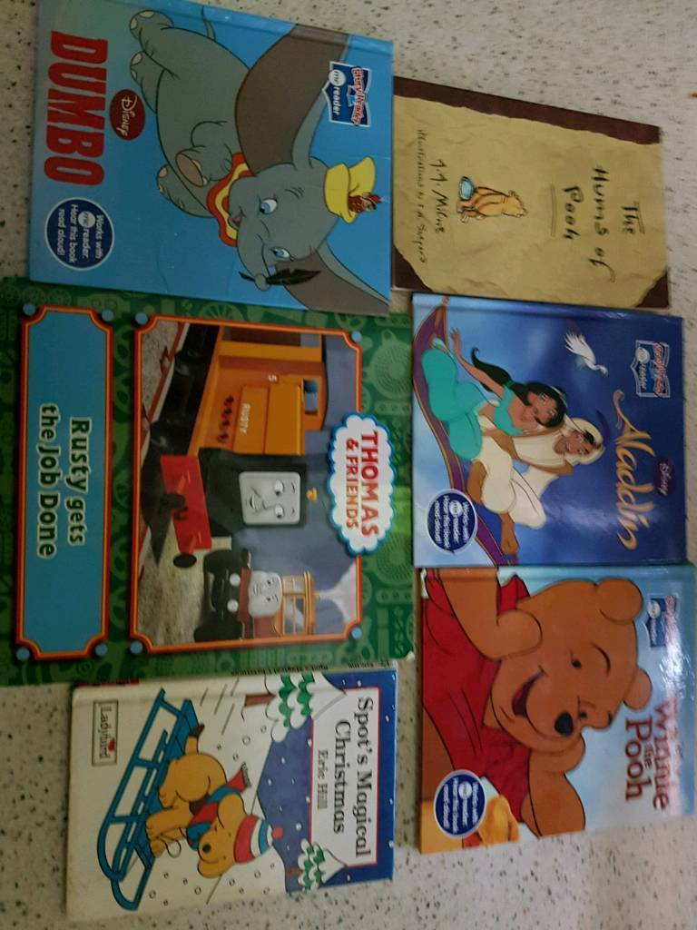 Kids books bundle see pics
