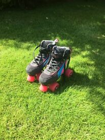 SFR Rio Roller Boots Size 4 (UK) with matching knee, elbow and wrist pads