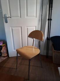 Wooden kitchen chair (set of 2)