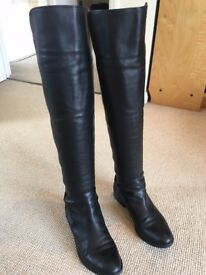 IMMACULATE CONDITION!! Clarks Black Leather boots. UK SIZE 4.
