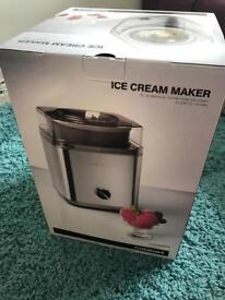 Cuisinart ice cream maker brand new