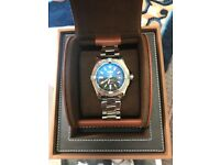 Breitling avenger 2 watch mint condition