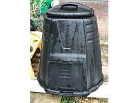 220 Litre Composter / Compost Bin