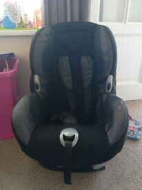 Maxi cosi stage 1-2 car seat (weight 9-18kg)