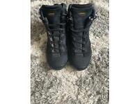 Aku NS 564 Spider II Hiking Boots - SIZE 10.5