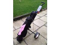 Girls Golf Kit, Bag & Trolley £95