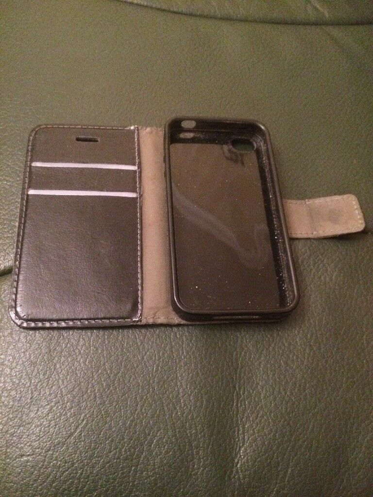 I phone 4s CASE in excellent condition