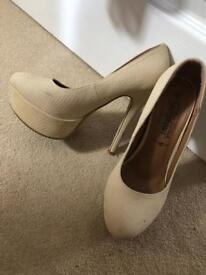 Cream Ladies High Heels - UK Size 5