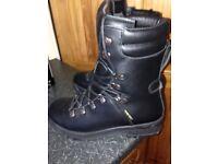 Genuine British Army Goretex Cold / Wet Weather Assault Black Leather Boots BLACK SIZE 7M NEW