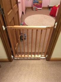 Extendable Child Gate