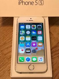 iPhone 5s 16gb in silver.