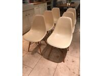 Set of 6 Eames style chairs