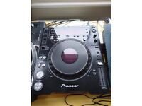 Pioneer CDJ 1000 MK3 pair / CD decks
