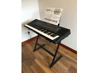 Technics SX-K700 61 key electronic keyboard with multiple voices + rythym sections + sound editing