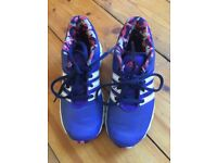 Kids astro boots size 1