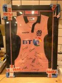Hand signed Scotland rugby sevens top