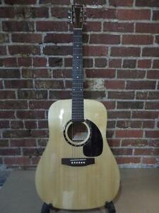Guitare acoustique Norman B20 AVEC PICKUP FISHMAN (i008027)