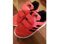 Childrens Adidas Trainers Size 9