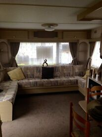 STUNNING CHEAP 2 BED CARAVAN ON 4* HOLIDAY PARK IN ESSEX