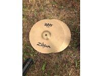 Zildjian ZHT cymbal set