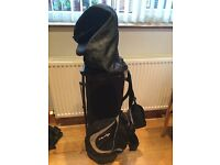 Selling these Dunlop golf clubs and bag great for beginners